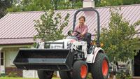 Work in rough terrain and tight spaces with compact tractor