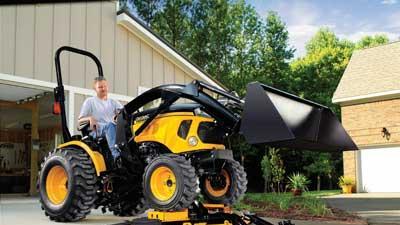 Versatile, compact tractor