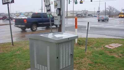Reserve traffic signal power