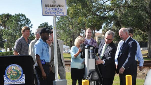 Florida city turns on electric car charging stations