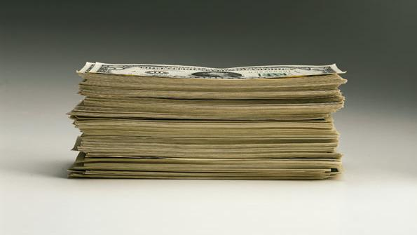 Government spending to hold steady in 2012