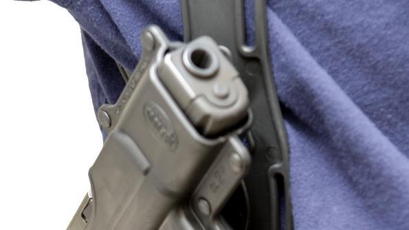 Kentucky law allows open guns at city sites