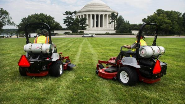 Propane is fueling National Mall mowers (with related video)