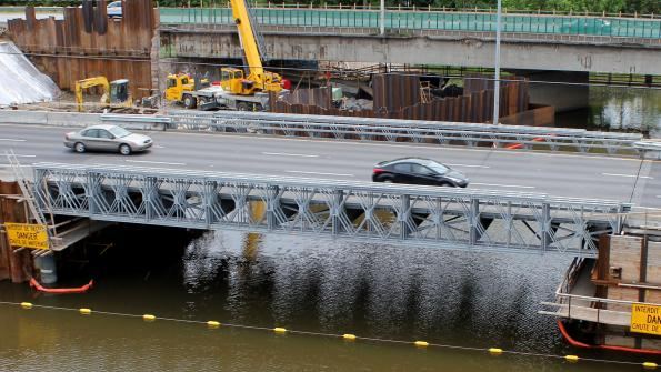 Modular steel bridge serves as a temporary detour in Canada (with related video)