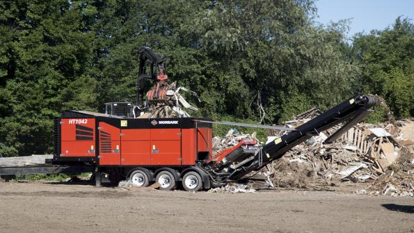 Customers, dealers view Morbark equipment in action (with related video)