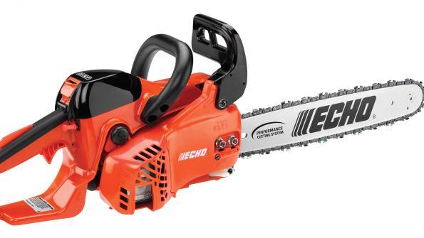 Rear-handle chain saw speeds tree maintenance