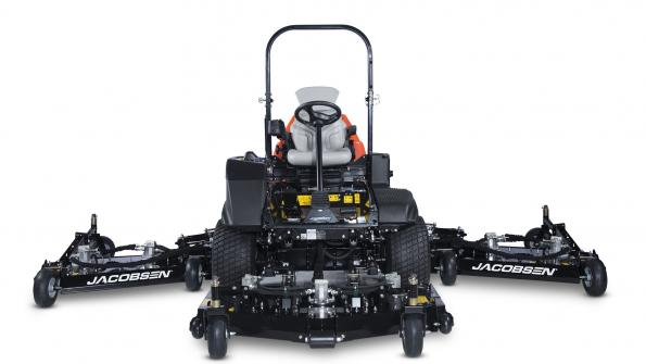 Wide-area mower delivers productivity