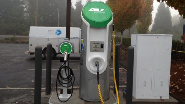 Obama administration makes $4.5 billion available to EV charging station builders
