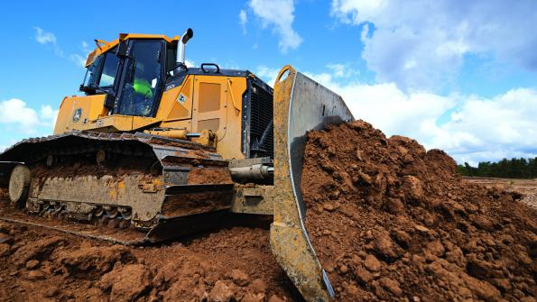 Deere equipment gets advanced grade control technology (with related video)