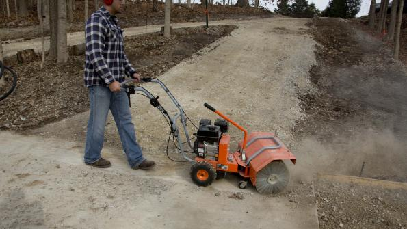 Versatile power sweeper handles municipal tasks (with related video)