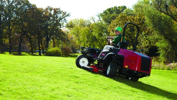 Riding mower combines agility and flexibility (with related video)