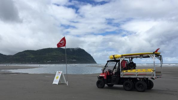 Utility vehicle performs a variety of tasks in Oregon tourist community