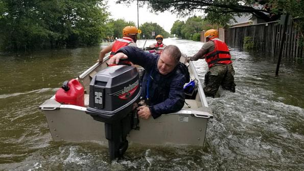 First responders across U.S. flock to Texas for Harvey relief efforts