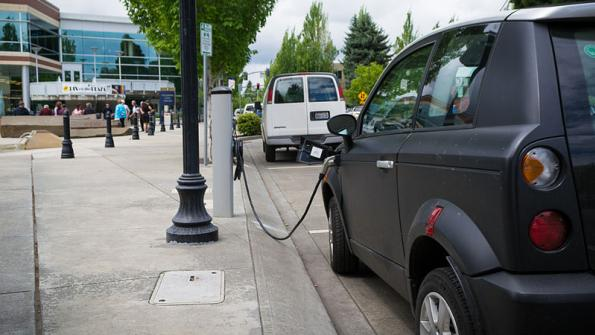 Amid surge in electric vehicle popularity, cities install charging stations