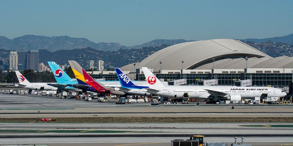 Los Angeles sues FAA for noise-inducing flight rerouting