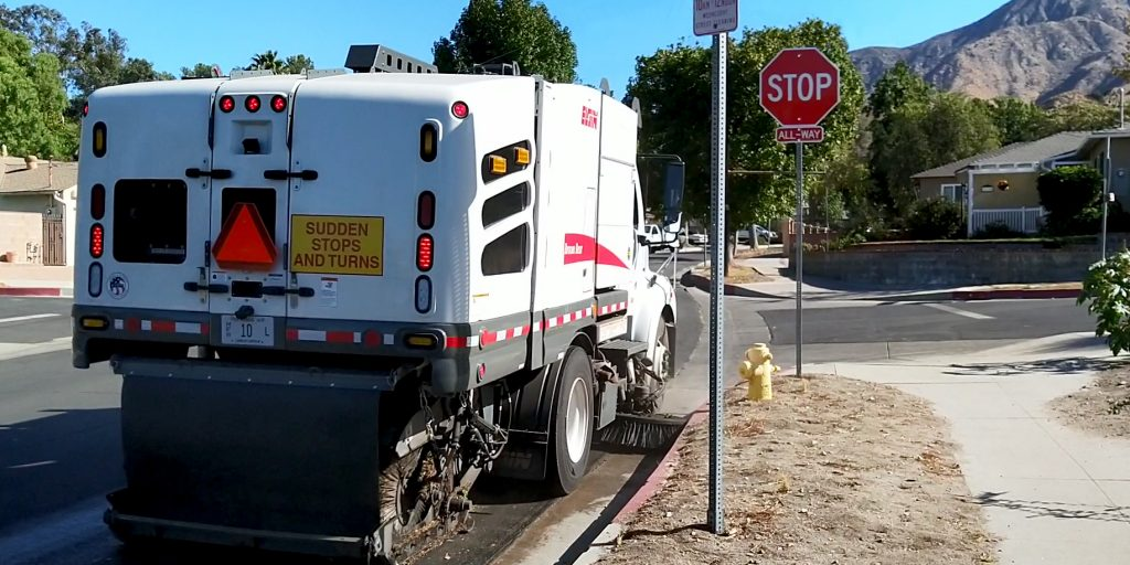 Hybrid electric street sweeper helps municipalities reduce greenhouse gas emissions