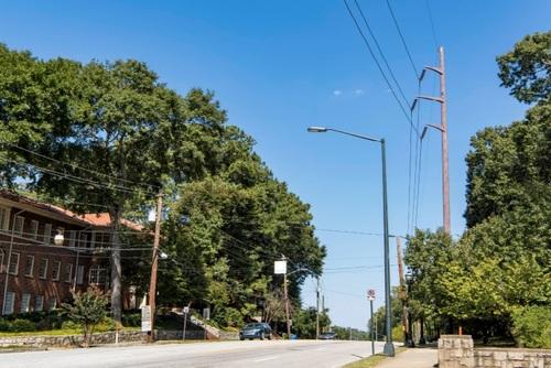 Utilities, telecom companies in 5G street light fight
