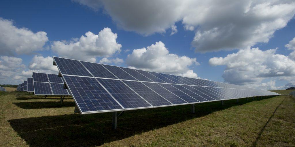 Municipal commitments to renewable energy drive prosperity