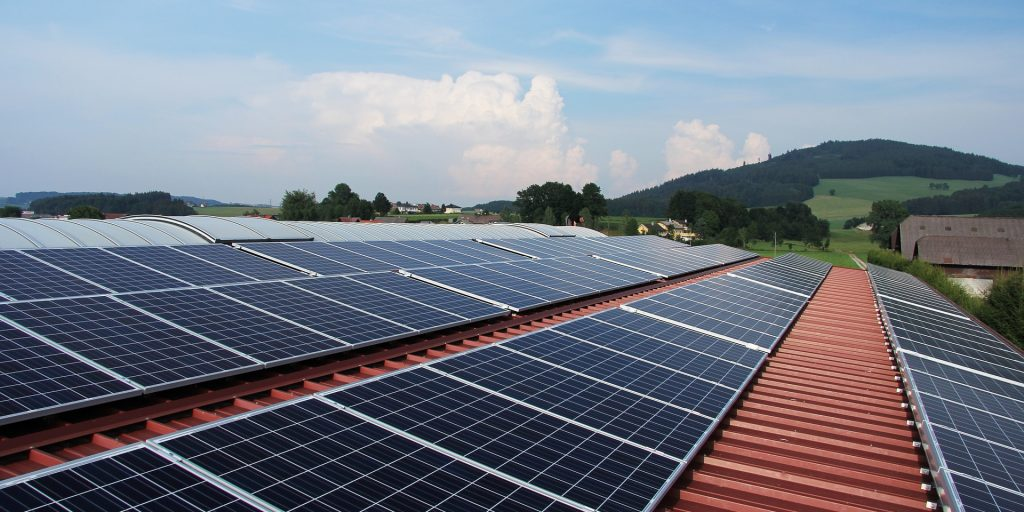Federal report shows rapid expansion of solar, projects all homes could be sun-powered by 2035