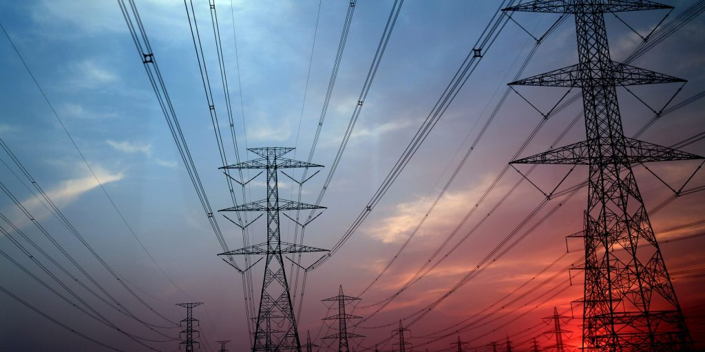 Report: Disparity in perspectives among utility officials, consumers, when it comes to electric grid challenges