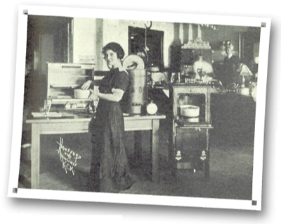 Photo of an electrical appliance demonstration in Kansas City, Kan.